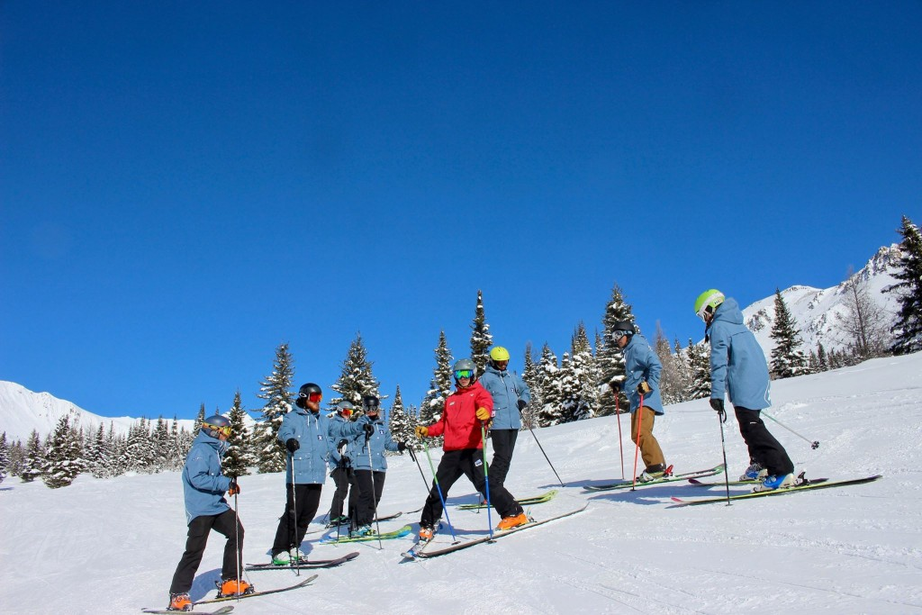 Ski instructor jobs japan