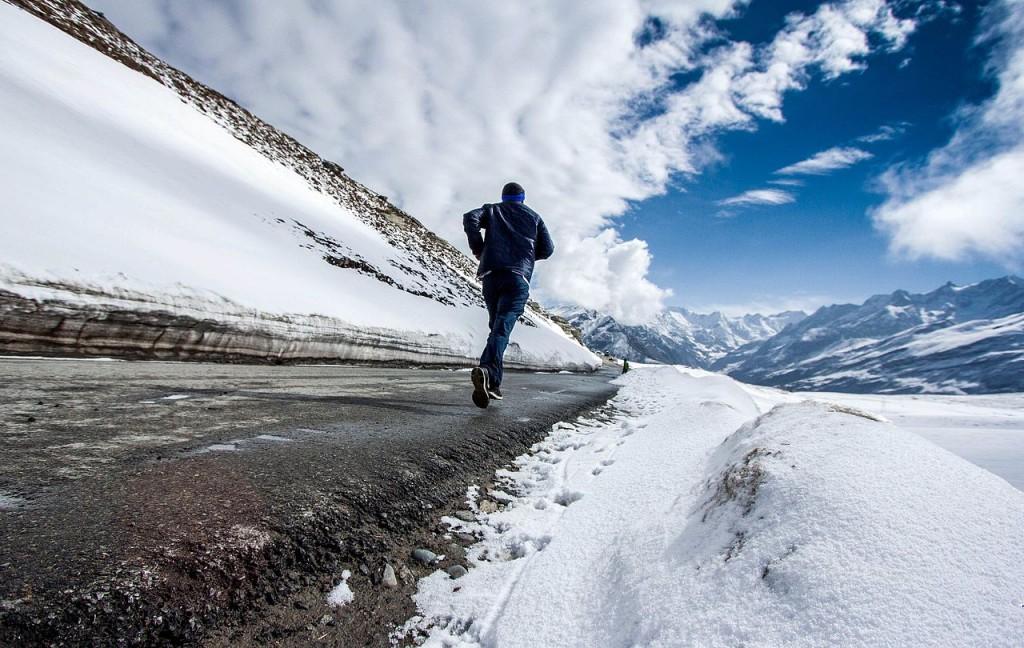 Running_on_Rohtang_La