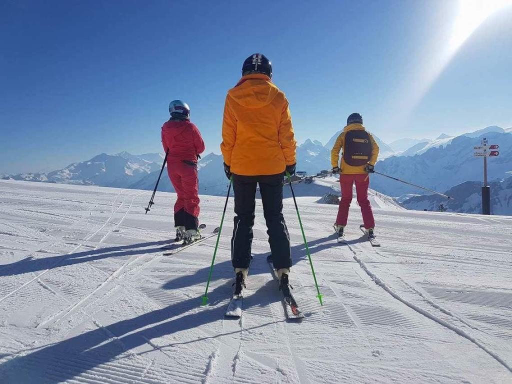 Girls ski camp - Meribel