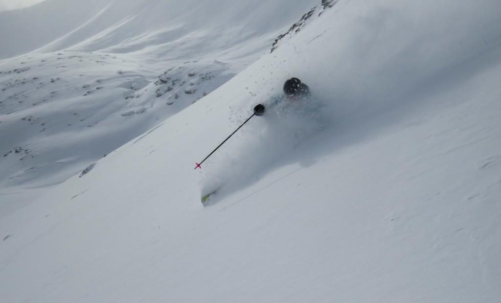 Off-piste skiing - big spray