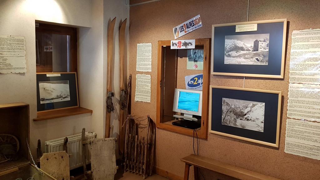 IMAGE: Café-musée Chasal Lento de Mont de Lans village