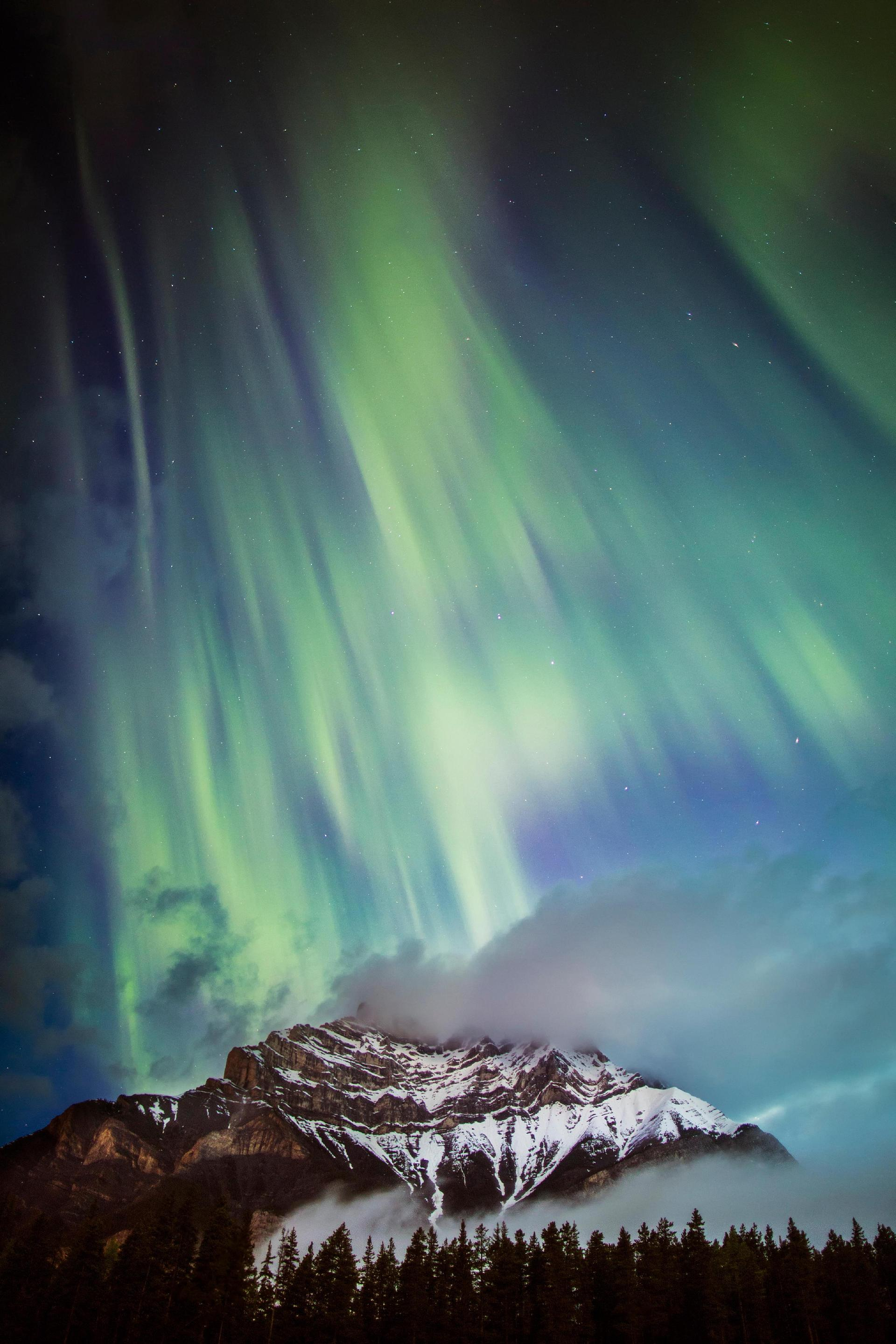 The aurora shot by Paul Zizka